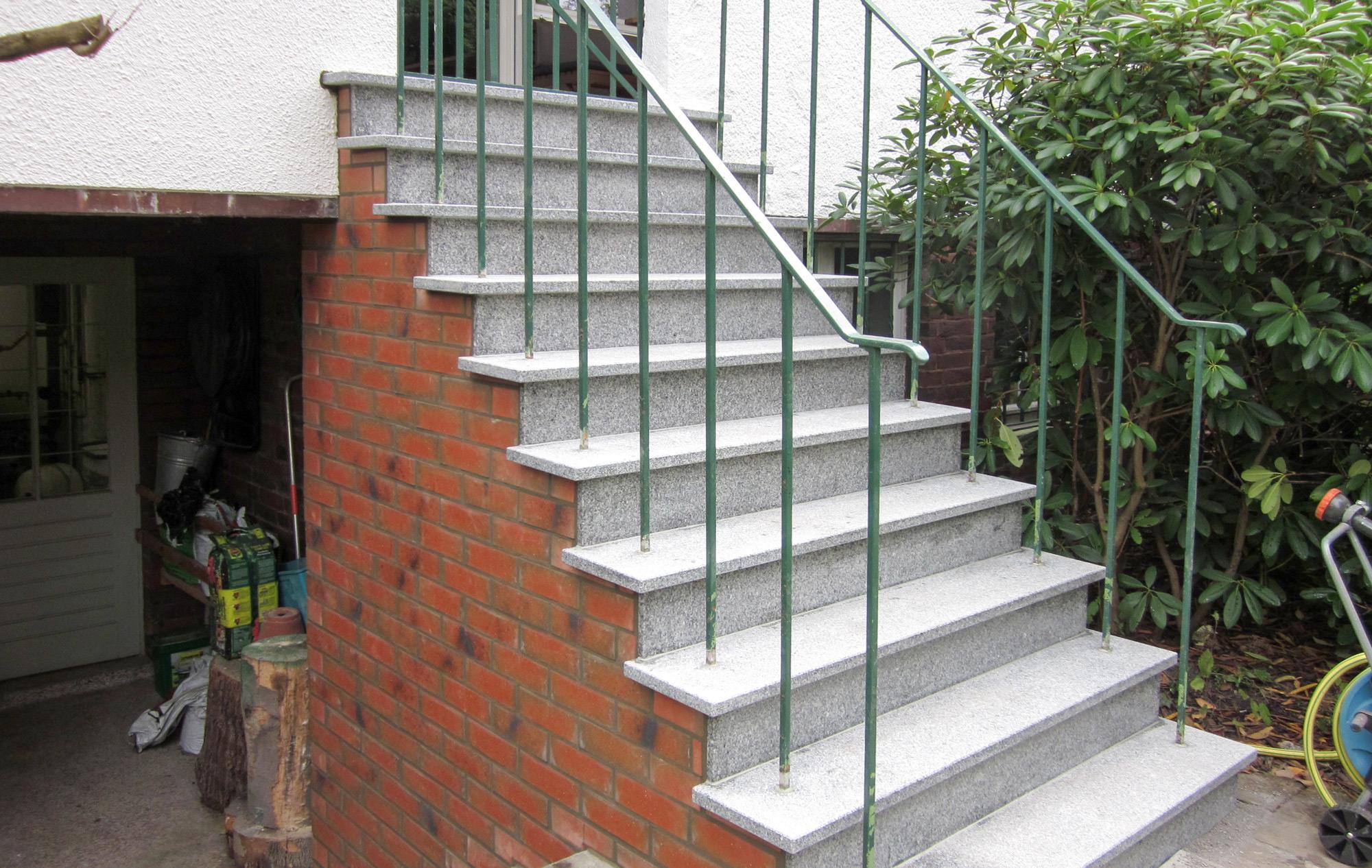 Treppe-saniert